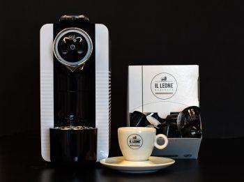 ACTIE! SGL Smarty Koffiecupmachine met gratis cups en servies
